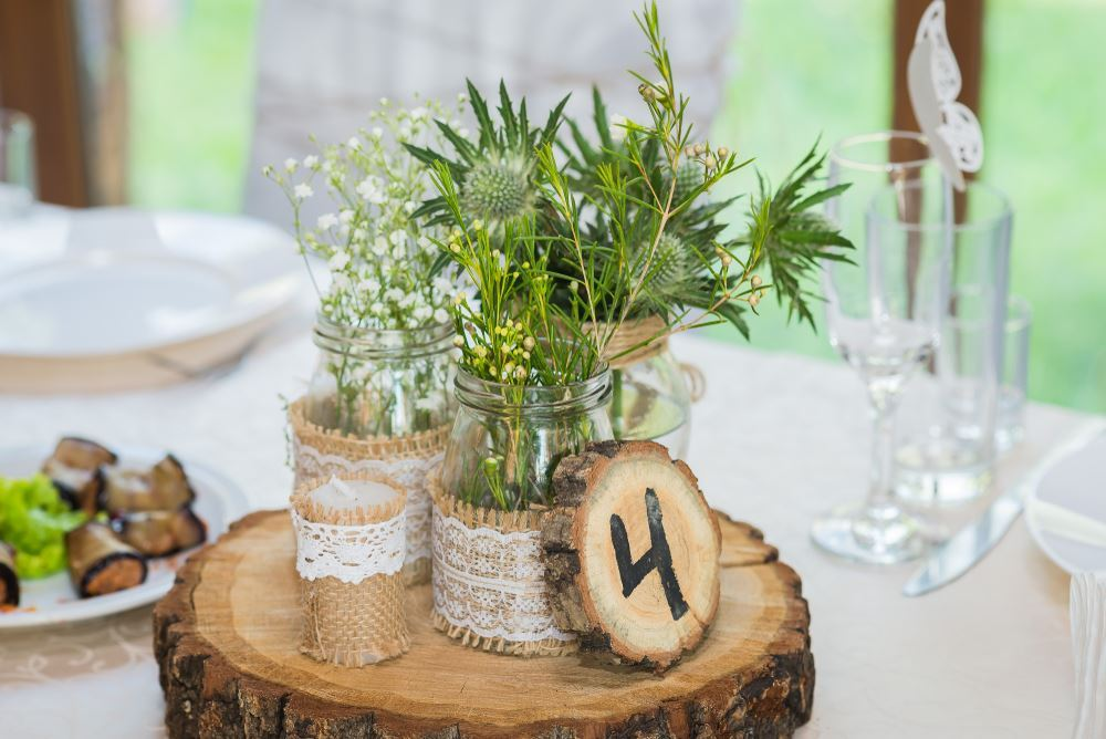 Wooden table decorations