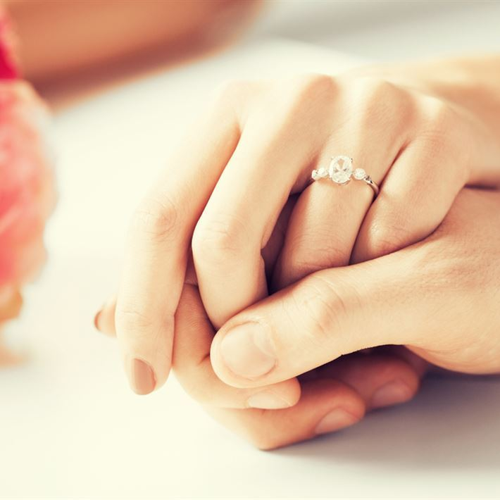 dating and engagement customs in egypt